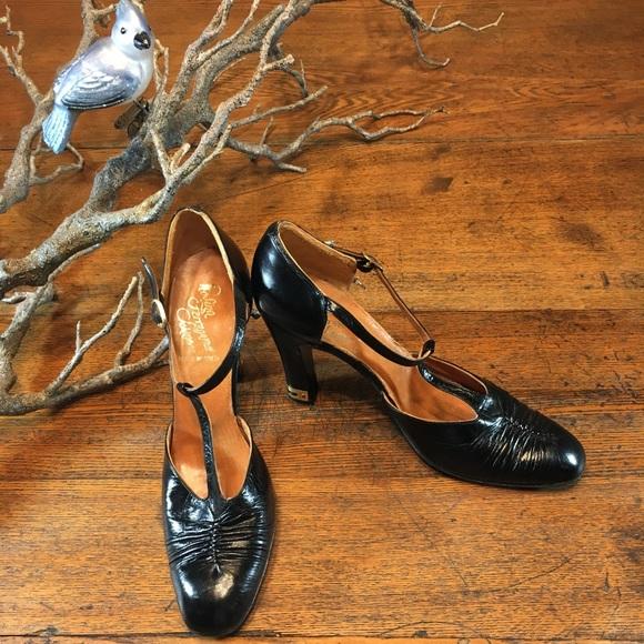 0714bef9086cb Vintage Rosina Ferragamo Schiavone heels
